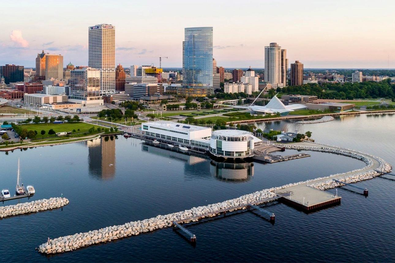 10 Amazing Room Experiences in Milwaukee!